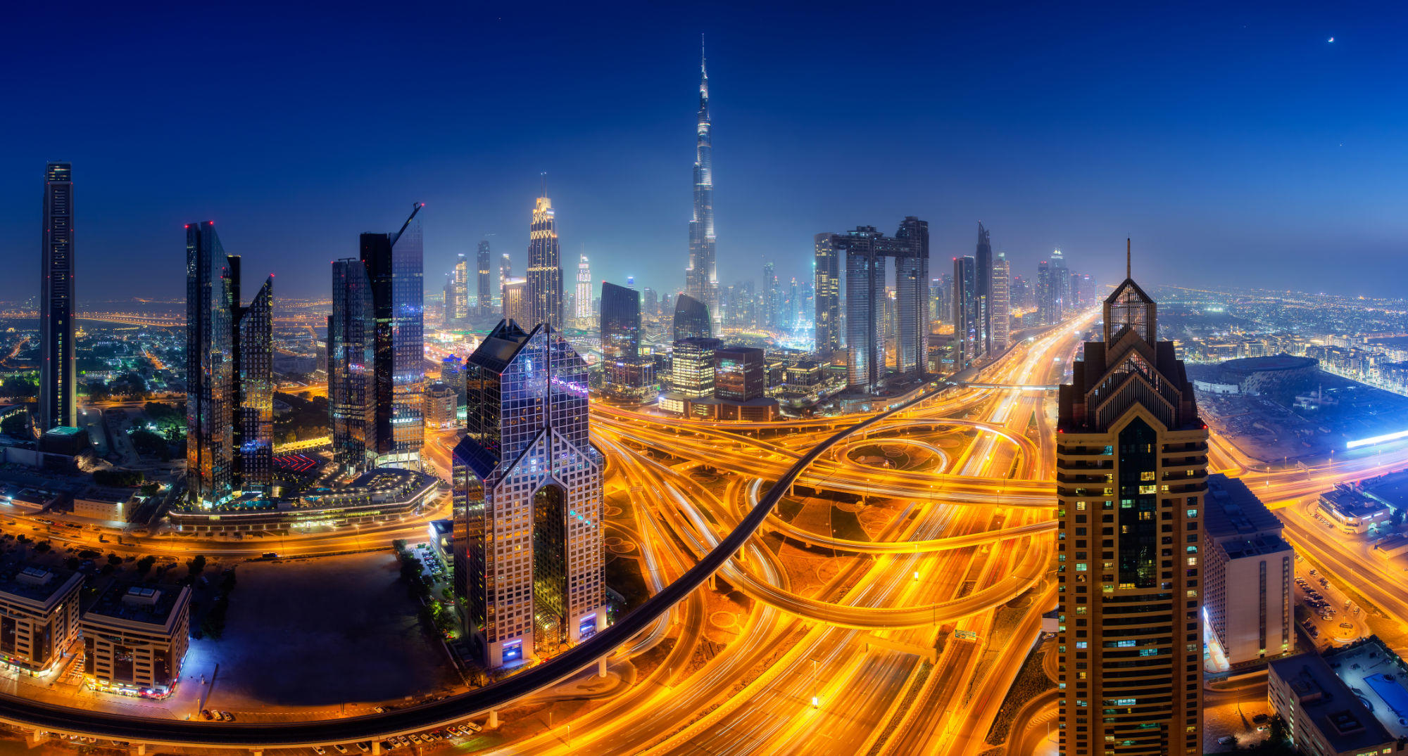blog Dubai Night Roads - Blog 2